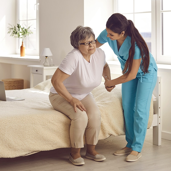 Top 24-hour home care services in Akron Ohio and surrounding areas. Talk to Autumn Hills Home Care about your needs from a few hours to 24-hours/day. Call us.